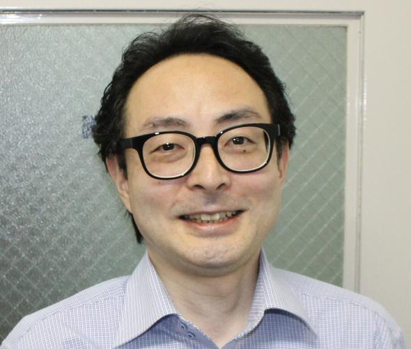 行政書士西神田事務所 行政書士 中川 恒二